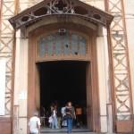 A la Cathédrale de Fort-de-France, entrée