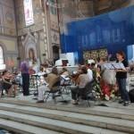 Le jeune soliste Maxime en répétition avc l'orchestre