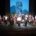 Les artistes saluent le public de l'Artchipel